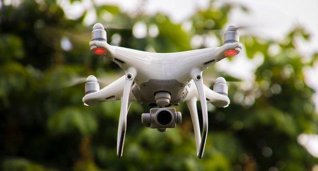 télé pilote de drone emploi